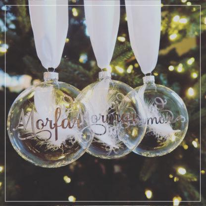 Tre julekuler med personlig tekst