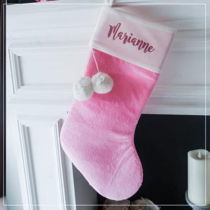 Babyrosa julestrømpe med personlig navn