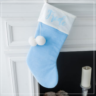 Babyblå julestrømpe med personlig navn