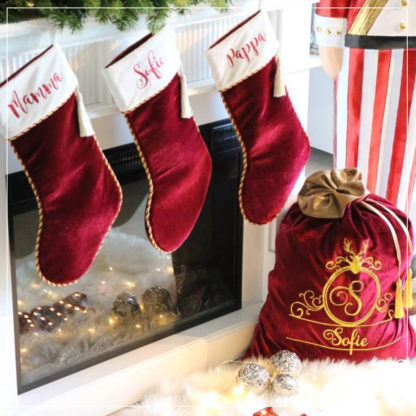 Nisseekk med navn og matchende julestrømper